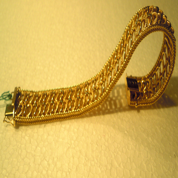 bracciali in oro antichi